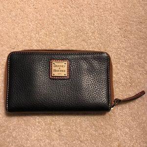 Dooney & Bourke pebble leather wallet